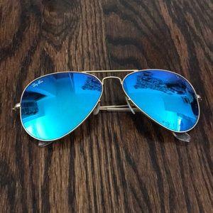Gold Matte / Blue Reflective Ray Ban Aviators